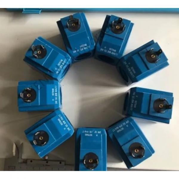 NACHI IPH-5A-40-21 IPH Series Gear Pump #2 image